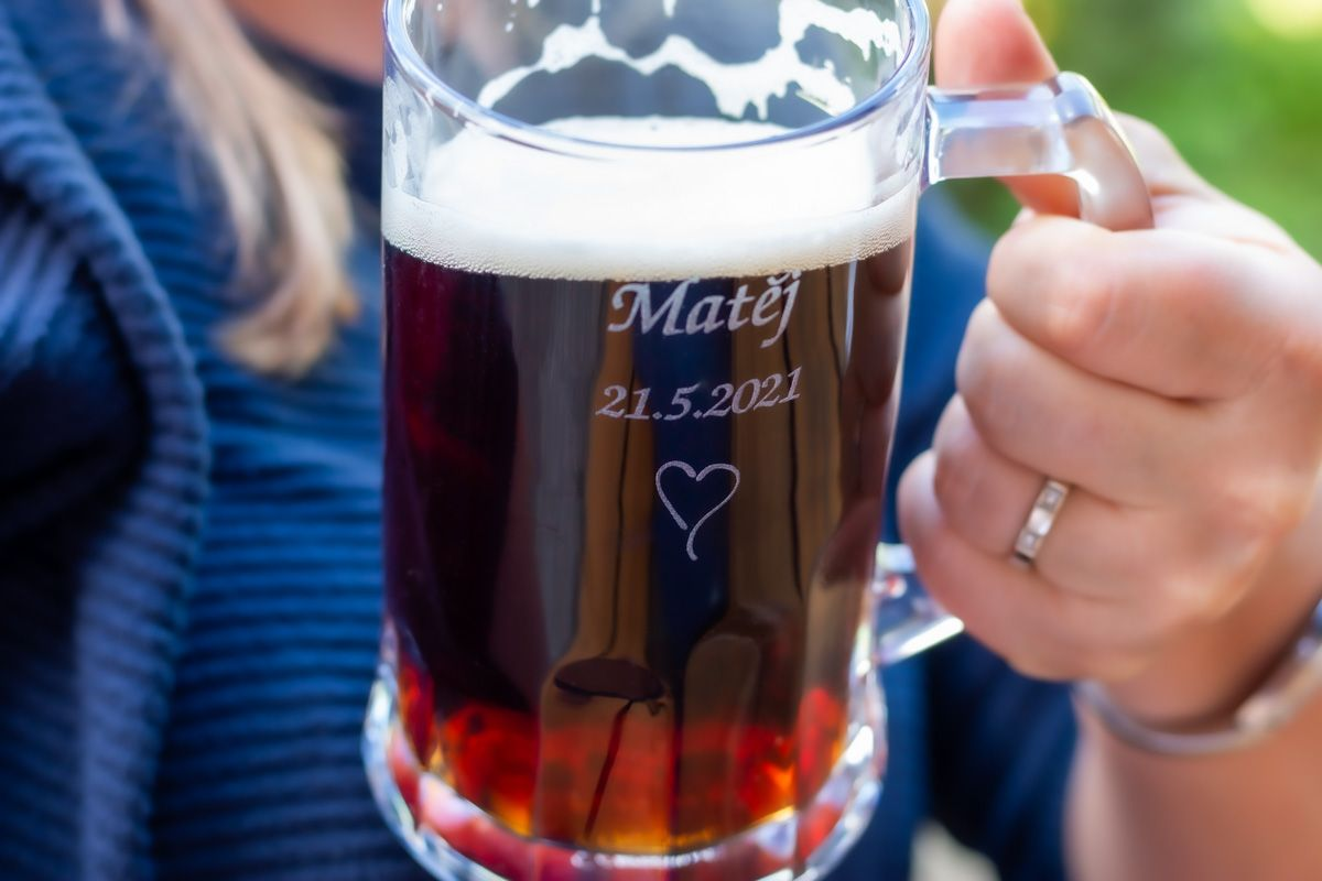 Pivní půllitr se jménem - od 12 ks