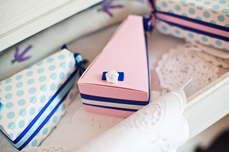 Krabičky na výslužky - modré s puntíky
