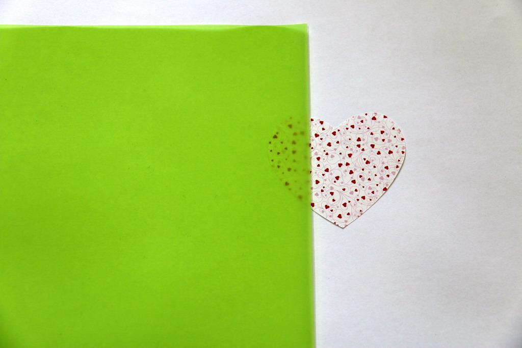 Ozdobný transparentní papír - zelený A4