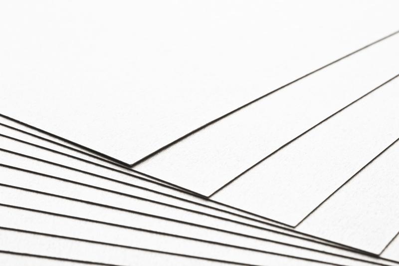 Tvrdý kreativní bílý papír A4 - 300g