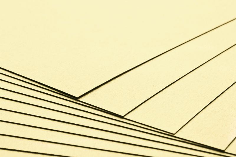 Tvrdý kreativní papír vanilka A4 - 300g