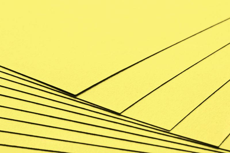 Tvrdý kreativní papír citronově žlutý A4 - 300g