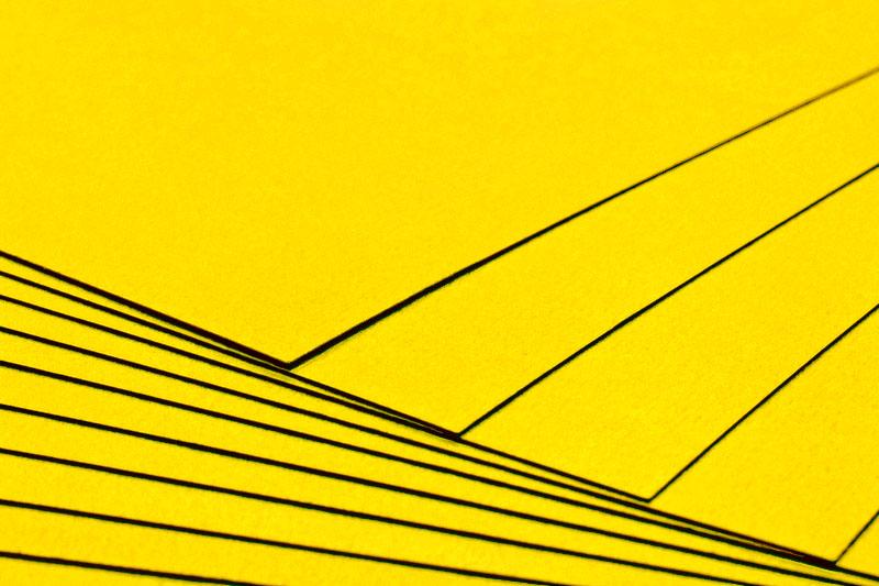 Tvrdý kreativní papír žlutý A4 - 300g