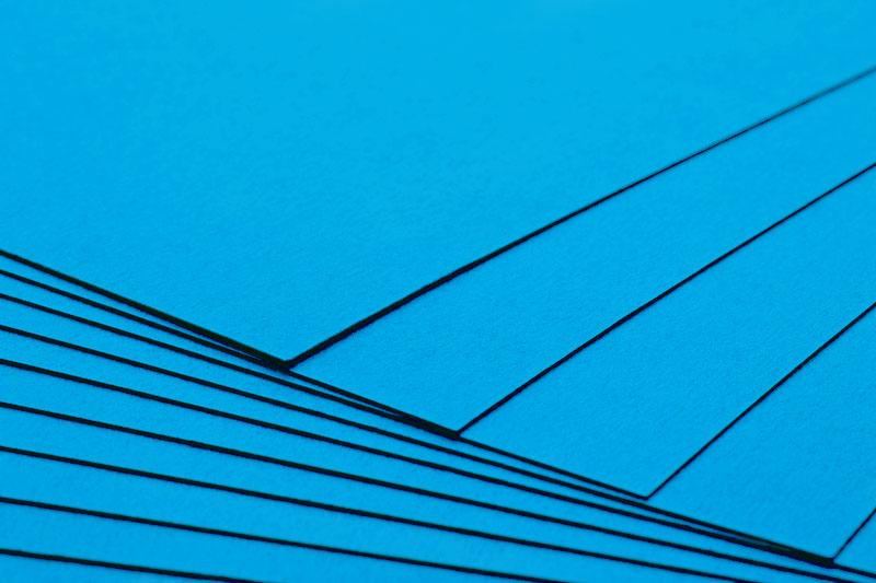 Tvrdý kreativní papír nebeská modř A4 - 300g