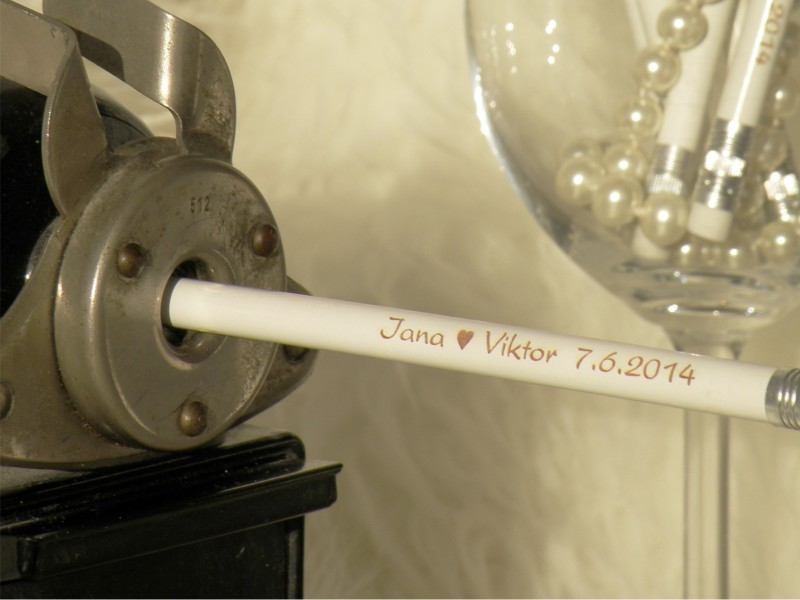 Svatební tužky se jmény - s gumotypem