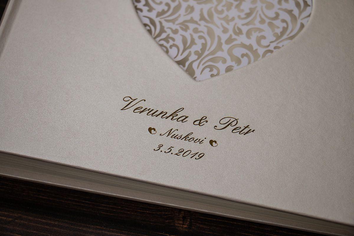Velká svatební kniha hostů se jmény