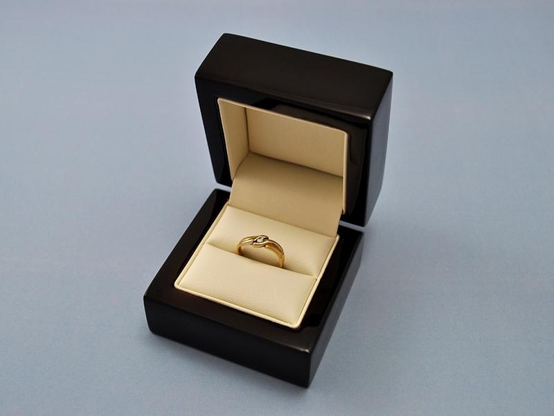 Luxusní krabička s gravírováním - single