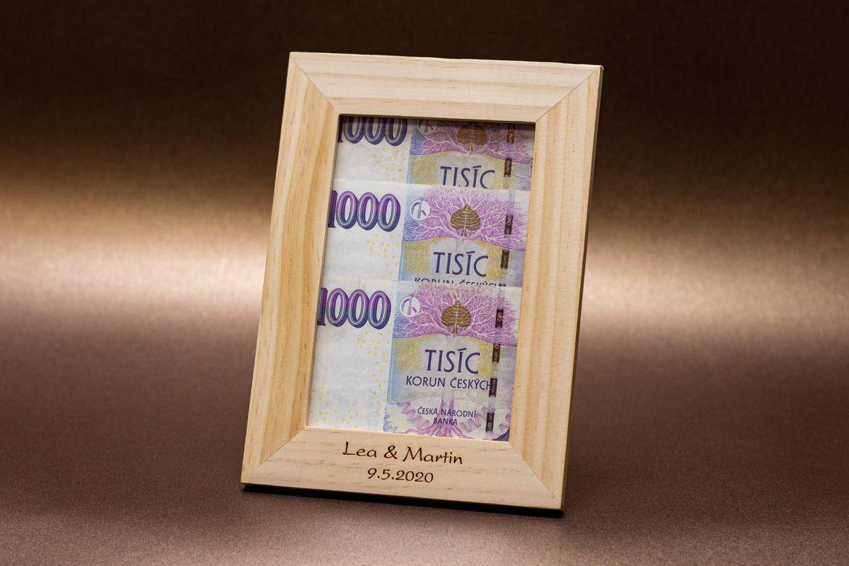 Dřevěný rámeček na fotku 10x15 cm s vlastním textem